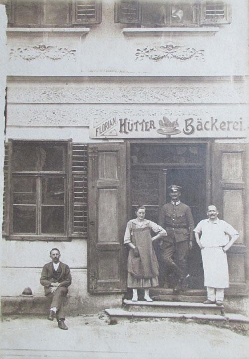 Bäckerei Hütter: Geschichte - 1916: Erstes Geschäftslokal in Jennersdorf Heute Haus Thomas Hauptstraße 27