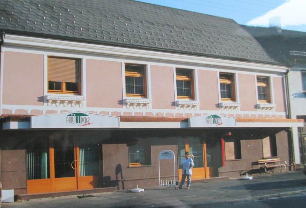 Bäckerei Hütter Geschichte 1993 Neue Fassade