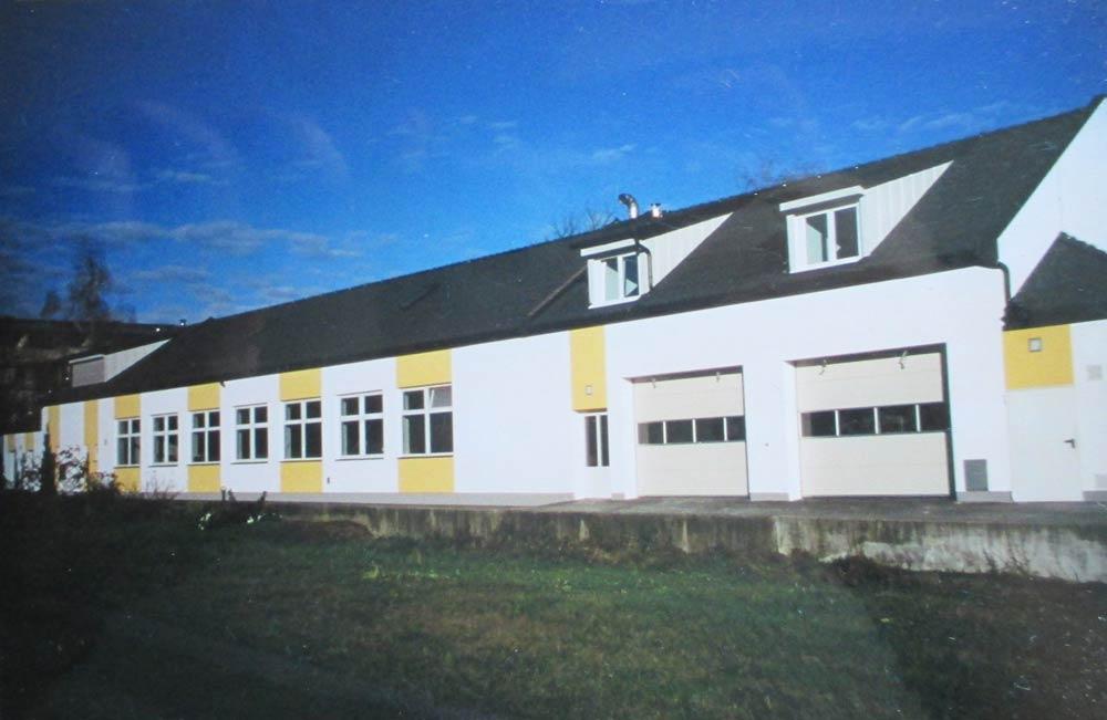 Bäckerei Hütter Geschichte 2001 Neue Produktionshalle Jennersdorf